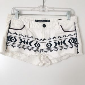 Zara White Denim Shorts w/ Black Tribal Embroidery
